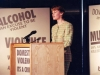 sue-cook-compering-the-refuge-conference-1989